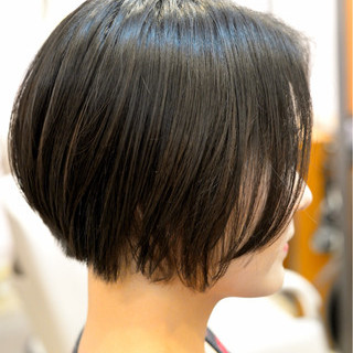 大人かわいい ショート ボブ 黒髪 ヘアスタイルや髪型の写真・画像