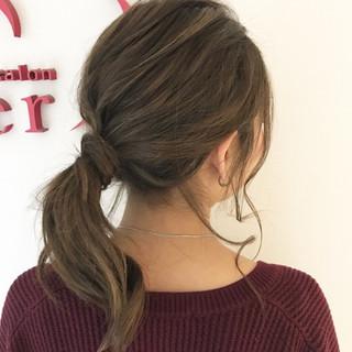 セミロング デート オフィス ナチュラル ヘアスタイルや髪型の写真・画像 ヘアスタイルや髪型の写真・画像