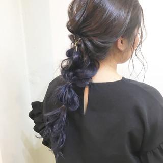 【2018年トレンド♡】暗髪×ネイビーアッシュで透け感カラー