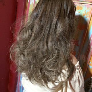 ゆるふわ 大人かわいい ガーリー アッシュ ヘアスタイルや髪型の写真・画像