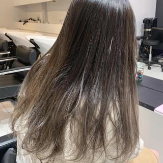 ミルクティーベージュ 外国人風カラー ホワイトベージュ グラデーションカラー ヘアスタイルや髪型の写真・画像