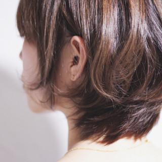 美シルエット ひし形 ショート ボブ ヘアスタイルや髪型の写真・画像