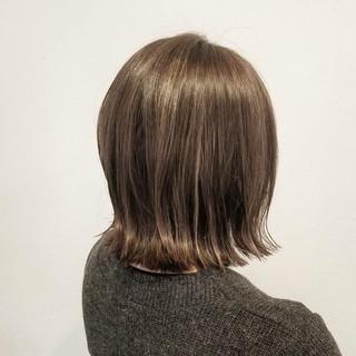ハイライト 切りっぱなし ナチュラル ボブ ヘアスタイルや髪型の写真・画像