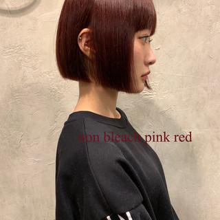 ボブ パープル ピンク ブリーチ ヘアスタイルや髪型の写真・画像