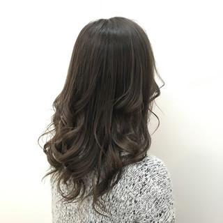 グラデーションカラー 暗髪 外国人風 ハイトーン ヘアスタイルや髪型の写真・画像