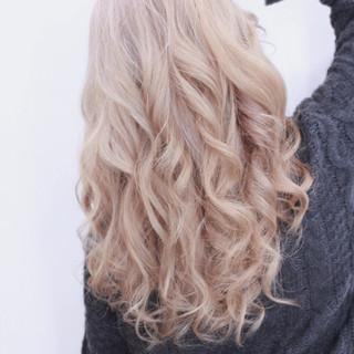 ダブルカラー アッシュ ハイライト 透明感 ヘアスタイルや髪型の写真・画像
