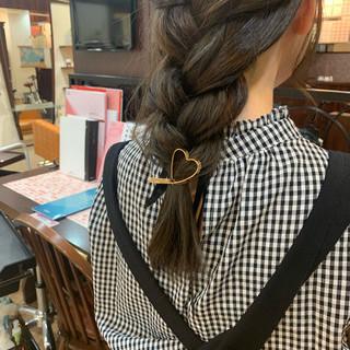 お呼ばれヘア 簡単ヘアアレンジ 編みおろし 編みおろしヘア ヘアスタイルや髪型の写真・画像