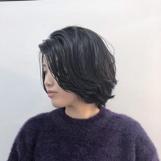 アンニュイ ナチュラル ボブ アッシュグレージュ ヘアスタイルや髪型の写真・画像