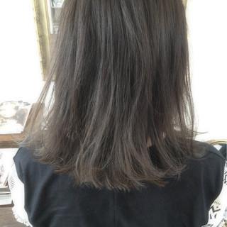 ストリート 外国人風 グラデーションカラー ミディアム ヘアスタイルや髪型の写真・画像 ヘアスタイルや髪型の写真・画像
