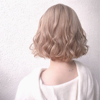 ハイライト ベージュ 外国人風カラー ミルクティーベージュ ヘアスタイルや髪型の写真・画像