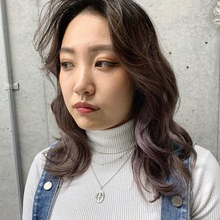 ガーリー フェザーバング ミディアム うざバング ヘアスタイルや髪型の写真・画像