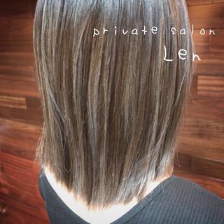 外国人風カラー アッシュ おしゃれ モード ヘアスタイルや髪型の写真・画像
