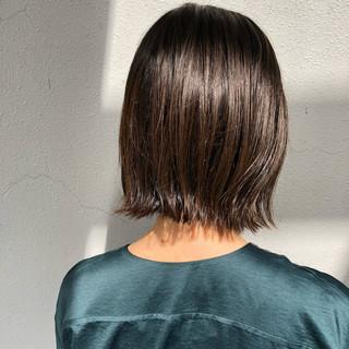 大人かわいい 暗髪 外ハネ 透明感 ヘアスタイルや髪型の写真・画像