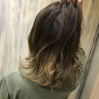 バレイヤージュ 外国人風カラー ミディアム ガーリー ヘアスタイルや髪型の写真・画像