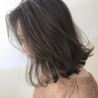 ベージュ ボブ グレージュ ハイライト ヘアスタイルや髪型の写真・画像