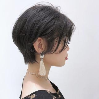 フェミニン 透明感 モード エフォートレス ヘアスタイルや髪型の写真・画像