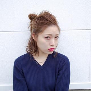 ヘアアレンジ ミディアム コテ巻き モード ヘアスタイルや髪型の写真・画像
