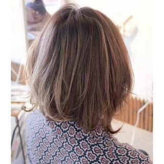 アンニュイ ミルクティー 小顔 こなれ感 ヘアスタイルや髪型の写真・画像