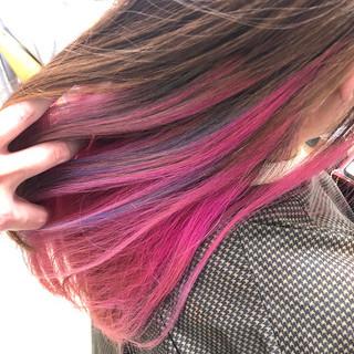 ブルー セミロング ピンク インナーカラー ヘアスタイルや髪型の写真・画像