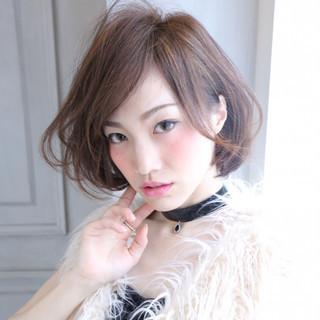 小顔 色気 ゆるふわ 大人女子 ヘアスタイルや髪型の写真・画像