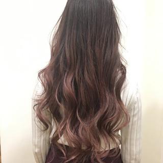 イルミナカラー ロング ピンク 外国人風 ヘアスタイルや髪型の写真・画像
