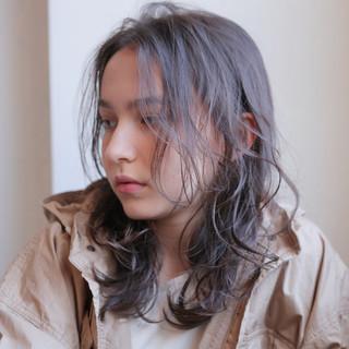 パーマ ナチュラル ゆるふわパーマ ミディアム ヘアスタイルや髪型の写真・画像