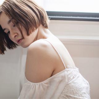 モード 冬 外国人風 大人女子 ヘアスタイルや髪型の写真・画像