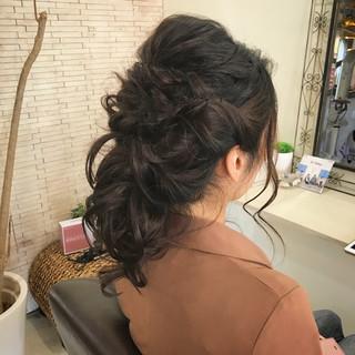 結婚式 セミロング 上品 エレガント ヘアスタイルや髪型の写真・画像