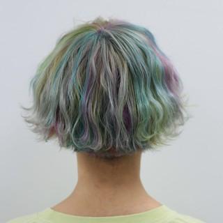 ハイトーン カラートリートメント ストリート ショート ヘアスタイルや髪型の写真・画像