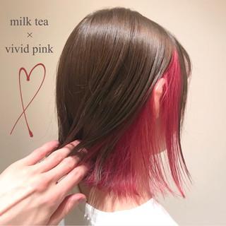 切りっぱなしボブ ボブ インナーカラー フェミニン ヘアスタイルや髪型の写真・画像