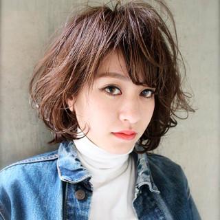 フェミニン 簡単 ミディアム 大人かわいい ヘアスタイルや髪型の写真・画像