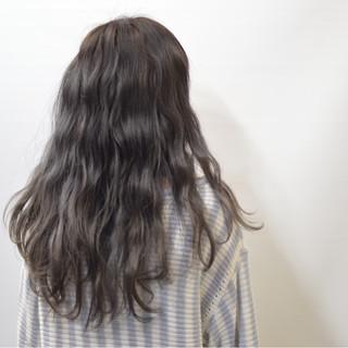 外国人風 ロング モード アッシュ ヘアスタイルや髪型の写真・画像