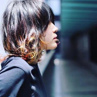 メンズカラー メンズカジュアル ウルフカット ストリート ヘアスタイルや髪型の写真・画像