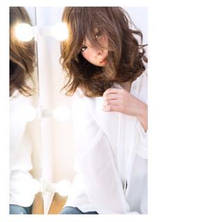 大人女子 大人かわいい 抜け感 前髪あり ヘアスタイルや髪型の写真・画像