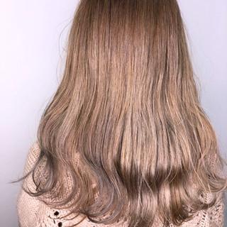 ヌーディベージュ ナチュラルベージュ ベージュ ミルクティーベージュ ヘアスタイルや髪型の写真・画像