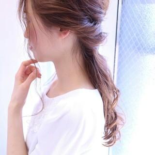 ショート 波ウェーブ 簡単ヘアアレンジ ロング ヘアスタイルや髪型の写真・画像 ヘアスタイルや髪型の写真・画像