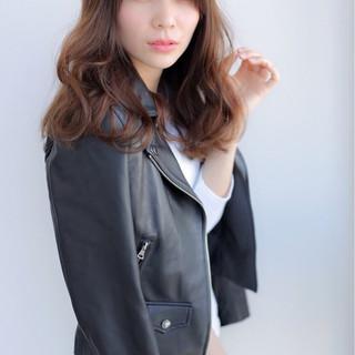 女子会 セミロング ヘアアレンジ ふわふわ ヘアスタイルや髪型の写真・画像