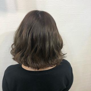 ナチュラル可愛い マットグレージュ ナチュラル マット ヘアスタイルや髪型の写真・画像