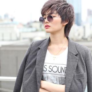 外国人風カラー ショート かっこいい ナチュラル ヘアスタイルや髪型の写真・画像