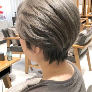 ショートボブ ショートヘア ショート アッシュグレージュ ヘアスタイルや髪型の写真・画像