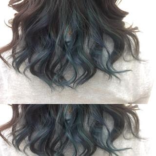 暗髪 ネイビーアッシュ インナーカラー モード ヘアスタイルや髪型の写真・画像 ヘアスタイルや髪型の写真・画像