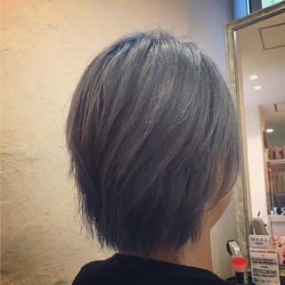 ハイライト 外国人風 グラデーションカラー 渋谷系 ヘアスタイルや髪型の写真・画像 ヘアスタイルや髪型の写真・画像