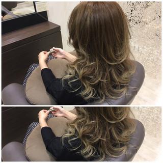ガーリー ロング 渋谷系 外国人風 ヘアスタイルや髪型の写真・画像