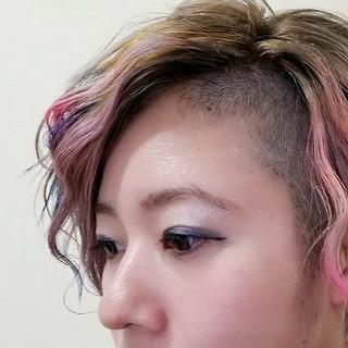 ハイトーン ブリーチ ダブルカラー 刈り上げ ヘアスタイルや髪型の写真・画像