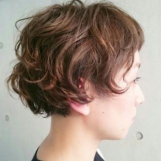 アッシュ 外国人風 ハイライト 前髪あり ヘアスタイルや髪型の写真・画像