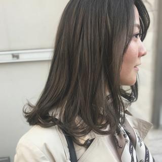 ミディアム ワンカール 透明感カラー ダブルカラー ヘアスタイルや髪型の写真・画像