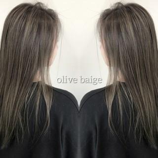 ロング 外国人風カラー バレイヤージュ グラデーションカラー ヘアスタイルや髪型の写真・画像
