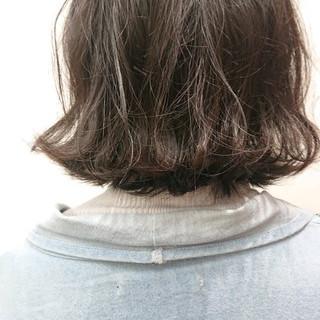 アッシュ ボブ 外ハネボブ  ヘアスタイルや髪型の写真・画像