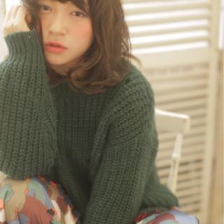 大人かわいい パーマ ミディアム 秋 ヘアスタイルや髪型の写真・画像