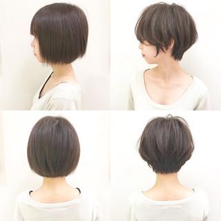 オフィス ショート ナチュラル パーマ ヘアスタイルや髪型の写真・画像 ヘアスタイルや髪型の写真・画像